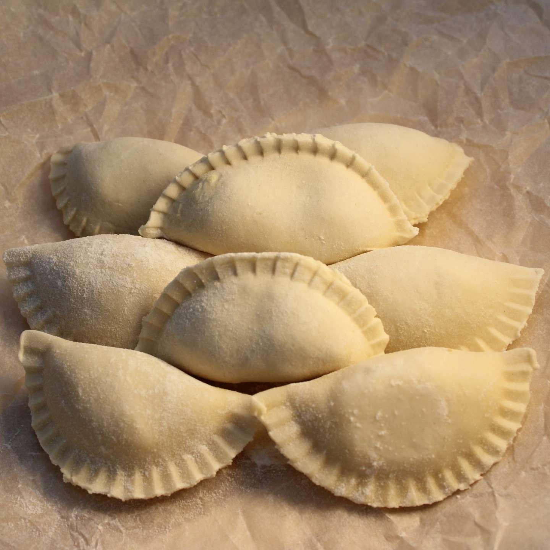 Вареники с картошкой вид продукта